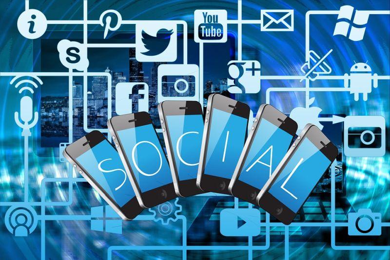 Jak oslovit zaměstnance přes sociální sítě